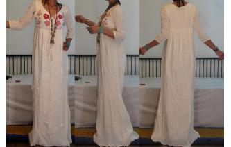 Vtg 70's CREAM COTTON GAUZE EMBROIDERY MAXI DRESS Image