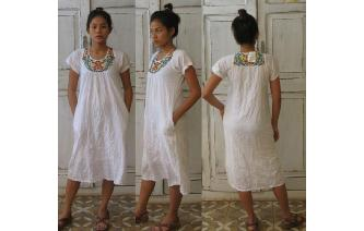 VINTAGE CREM GAUZE EMBROIDERED MEXICAN BOHO DRESS Image
